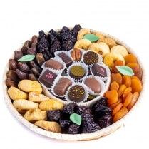 Plateau de fruits secs et chocolats